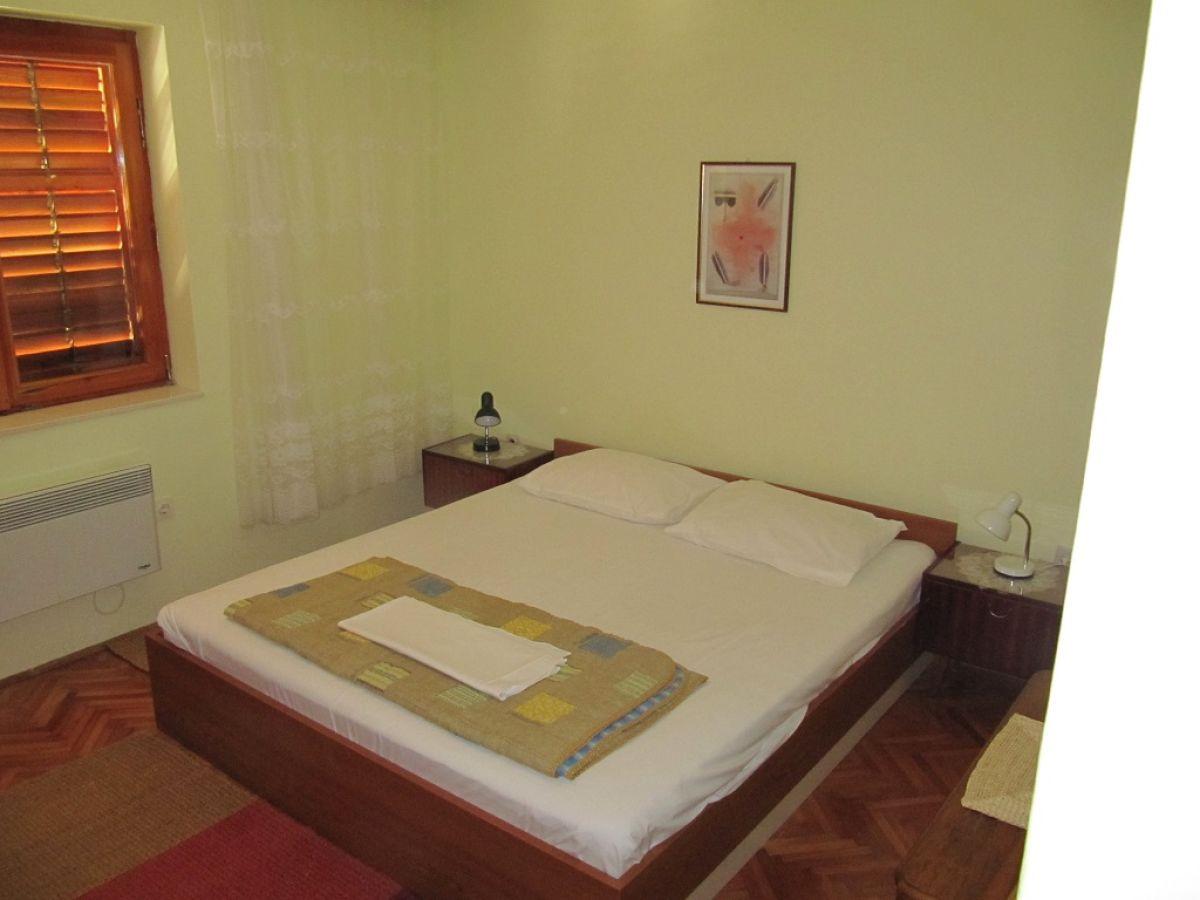 ferienwohnung morovic dalmatien sveti filip i jakov. Black Bedroom Furniture Sets. Home Design Ideas