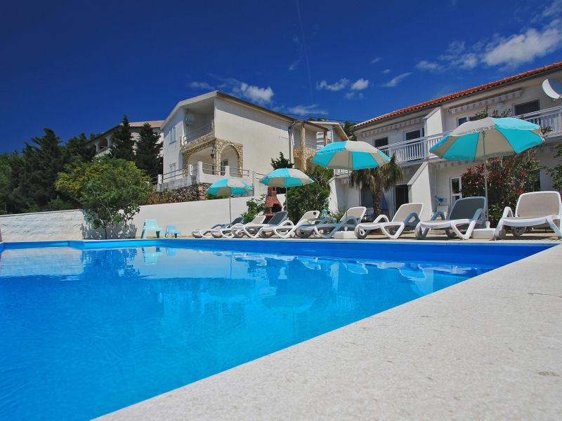 Ferienwohnung Anita mit Pool  - Top 1