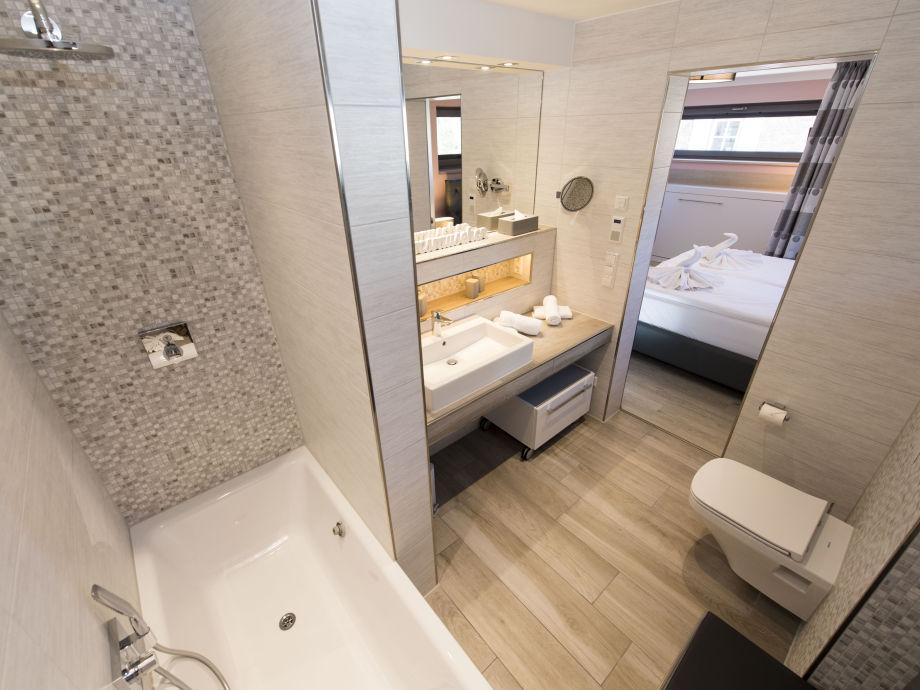 ferienhaus hafenhus insel r gen firma acquando herr reinhard holewa. Black Bedroom Furniture Sets. Home Design Ideas