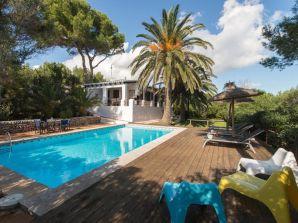 Ferienhaus Exklusive Villa auf Menorca mit beheiztem Pool