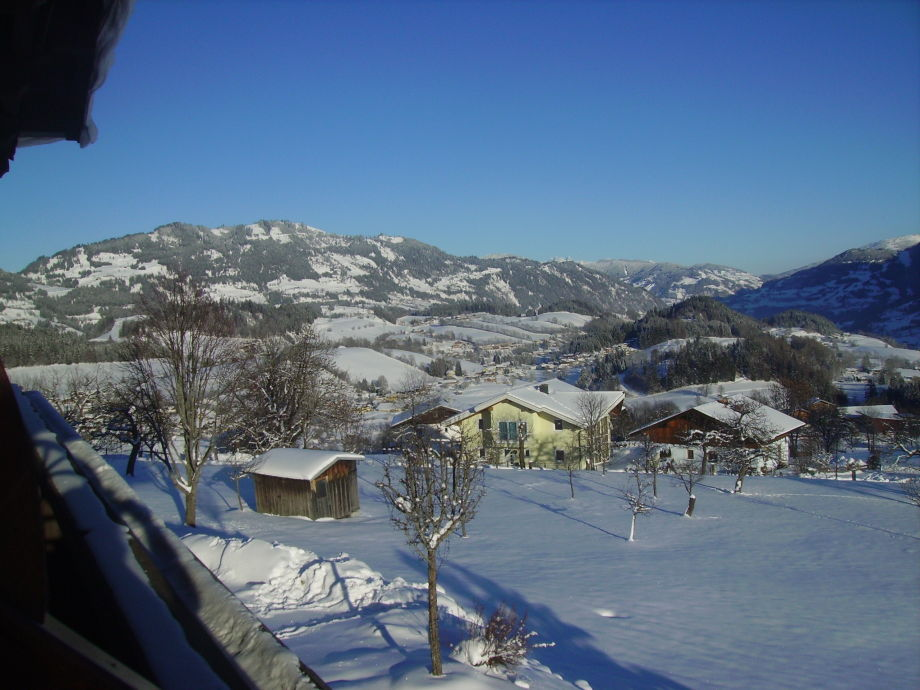 Ausblick vom Balkon Richtung Alpendorf
