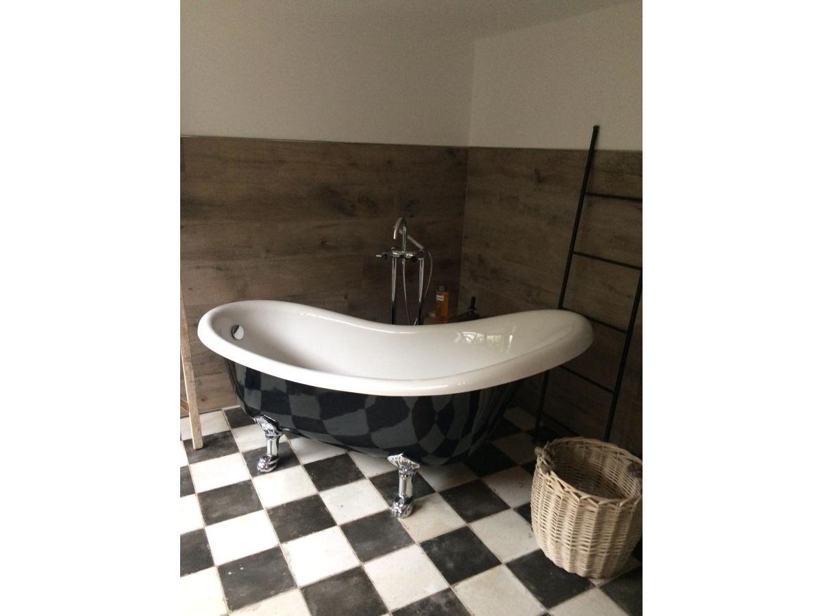 luxuri ses ferienhaus room no 35 tating frau claudia persch. Black Bedroom Furniture Sets. Home Design Ideas