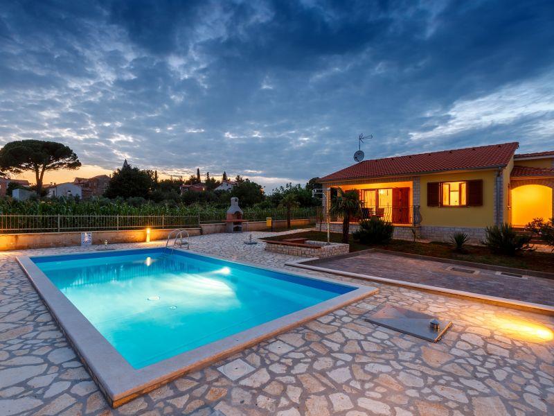 Villa Sol Avis