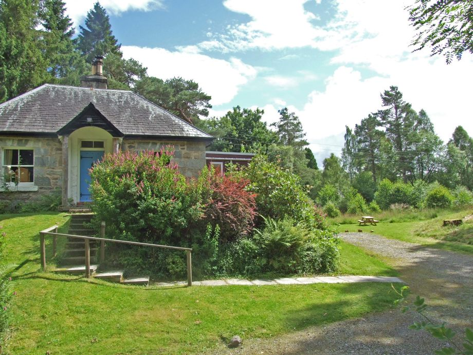 Außenaufnahme Tuim Cottage - Dunalastair Estate