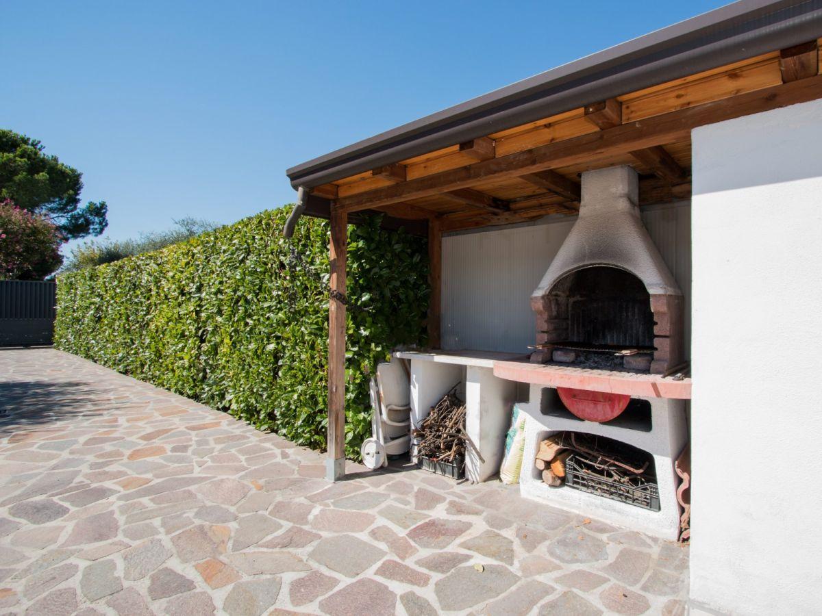 villa clara lombardei soiano del lago firma snale. Black Bedroom Furniture Sets. Home Design Ideas