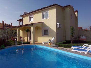 Ferienhaus Swimmingpool-Villa Liljana