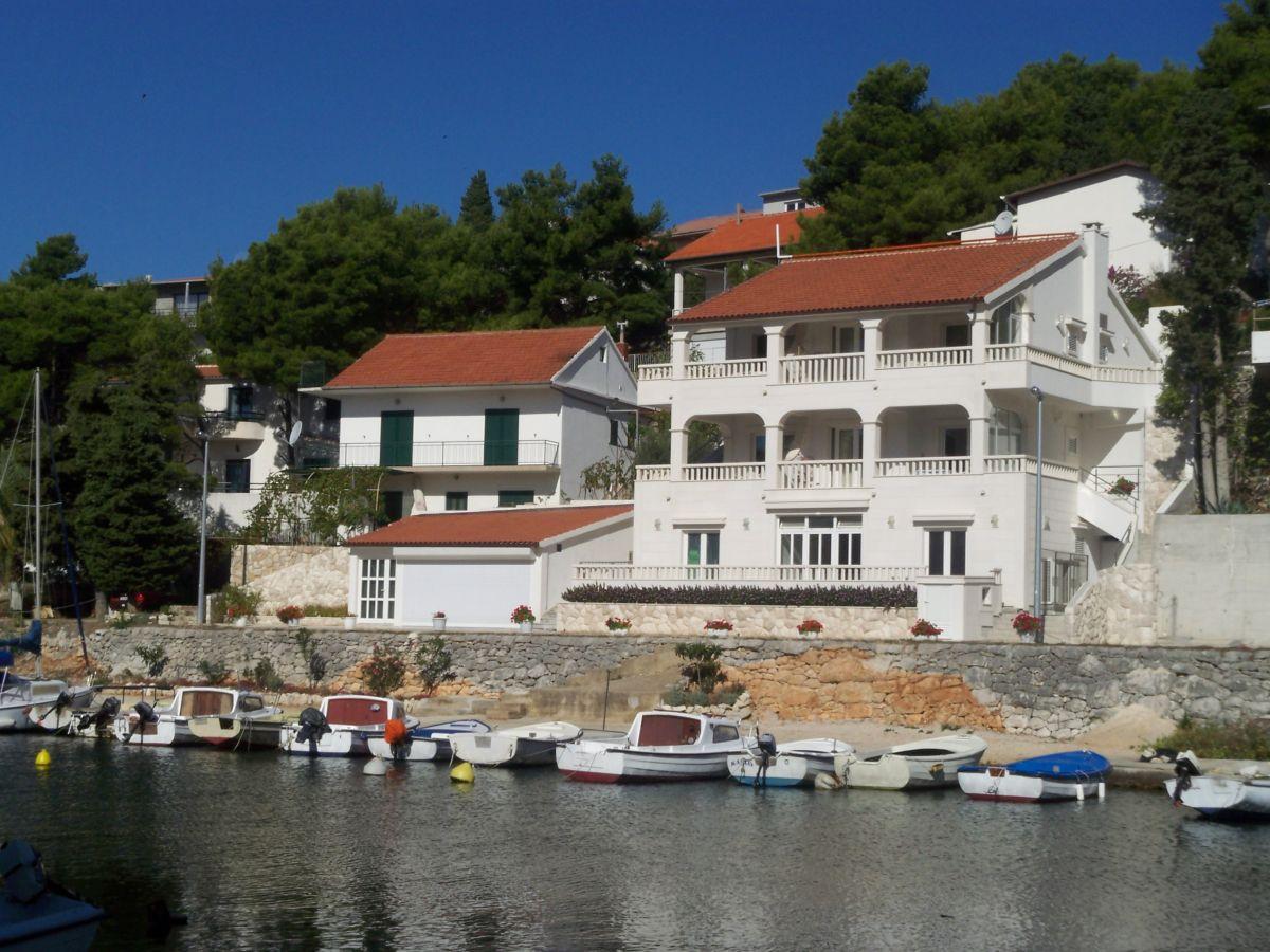 ferienwohnung villa emma kroatien dalmatien primosten firma adria istrien frau dunja duwe. Black Bedroom Furniture Sets. Home Design Ideas