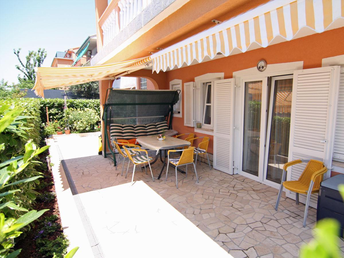 ferienwohnung villa ivona kroatien kvarner bucht crikvenica firma ferienwohnungen d duwe. Black Bedroom Furniture Sets. Home Design Ideas