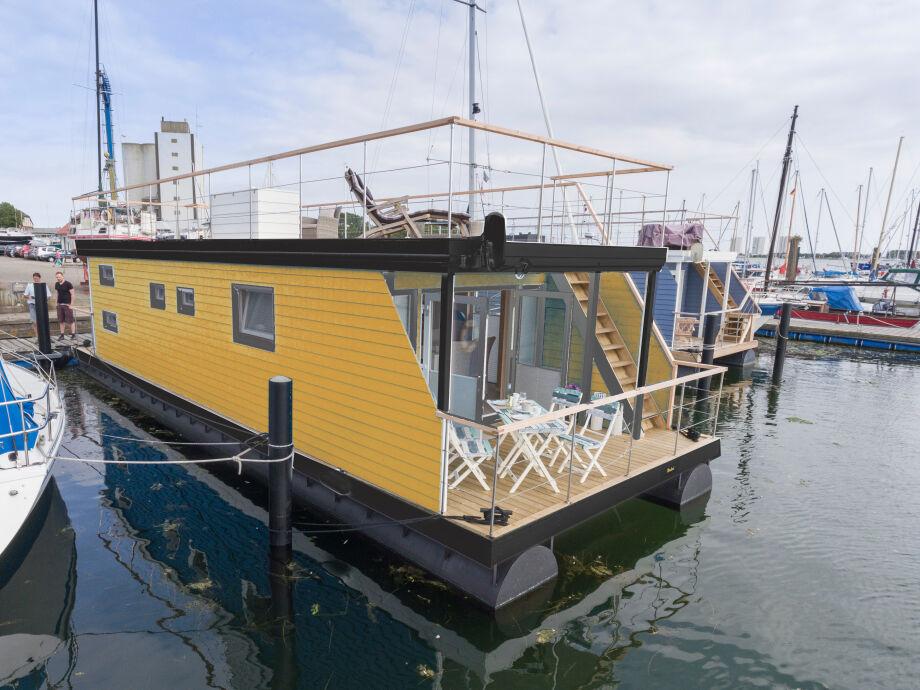 Wellness Hausboot Ostsee mit Strandzugang