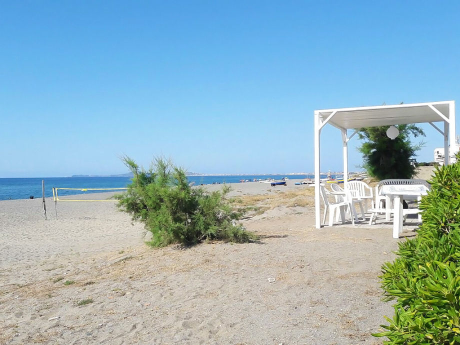 Pavillon der Ferienwohnung am Strand