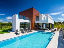 Villa Aria