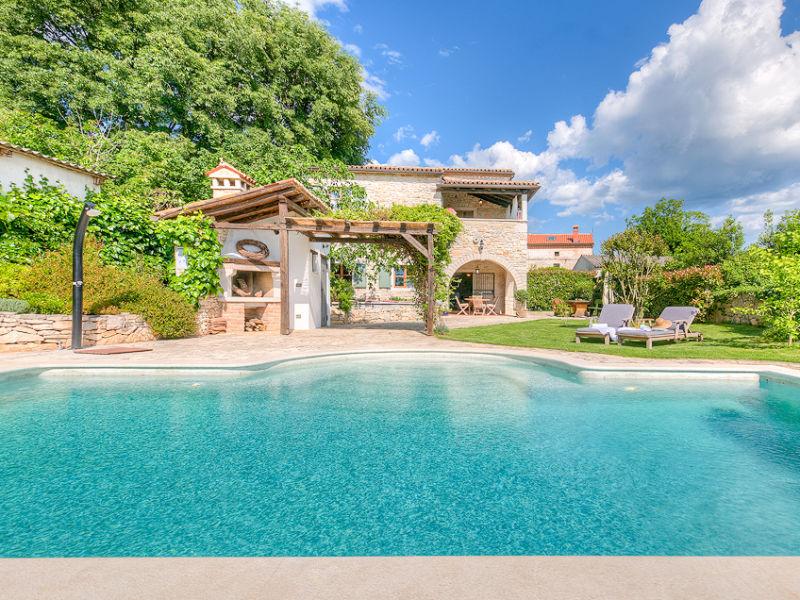 Villa Orah