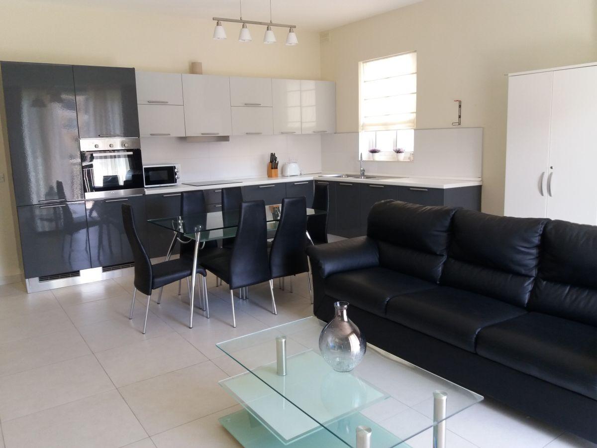 ferienwohnung consiglia apartments consiglia apartments malta firma d six operations ltd. Black Bedroom Furniture Sets. Home Design Ideas