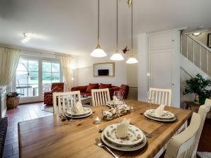 """Ferienhaus Hausteil """"Friesenjuwel"""" unter Reet in Top-Lage"""