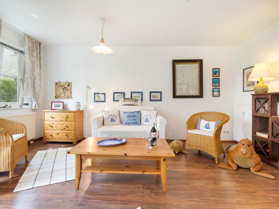 Wohnzimmer mit maritimem Flair.