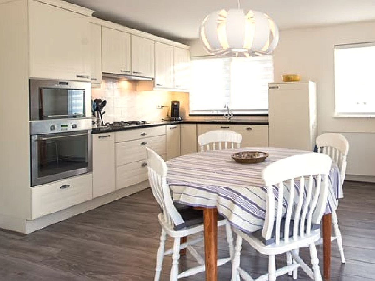 ferienhaus zeeland ameland buren firma waddenreisburo gunda frau gunda brunotte. Black Bedroom Furniture Sets. Home Design Ideas
