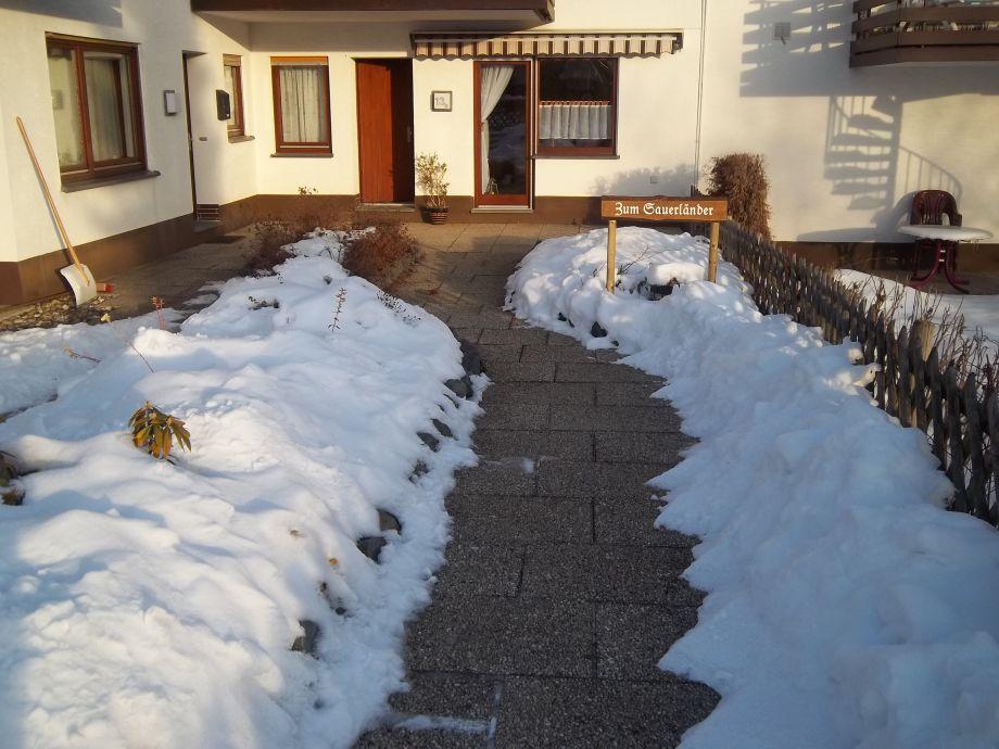 Ferienwohnung Frontansicht 1 (Winter)