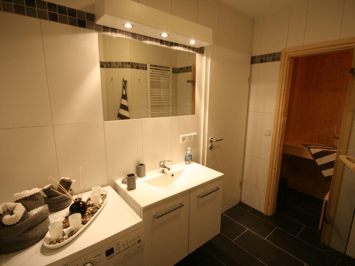 ferienwohnung wolkenlos 8 ostsee gro enbrode firma. Black Bedroom Furniture Sets. Home Design Ideas