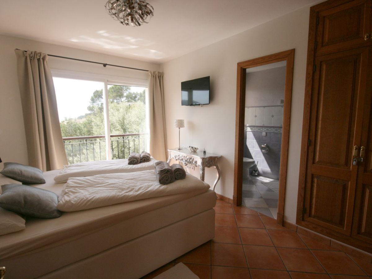 villa jasmin in port andratx mallorca port andratx firma firstclass domizile frau karin pfund. Black Bedroom Furniture Sets. Home Design Ideas