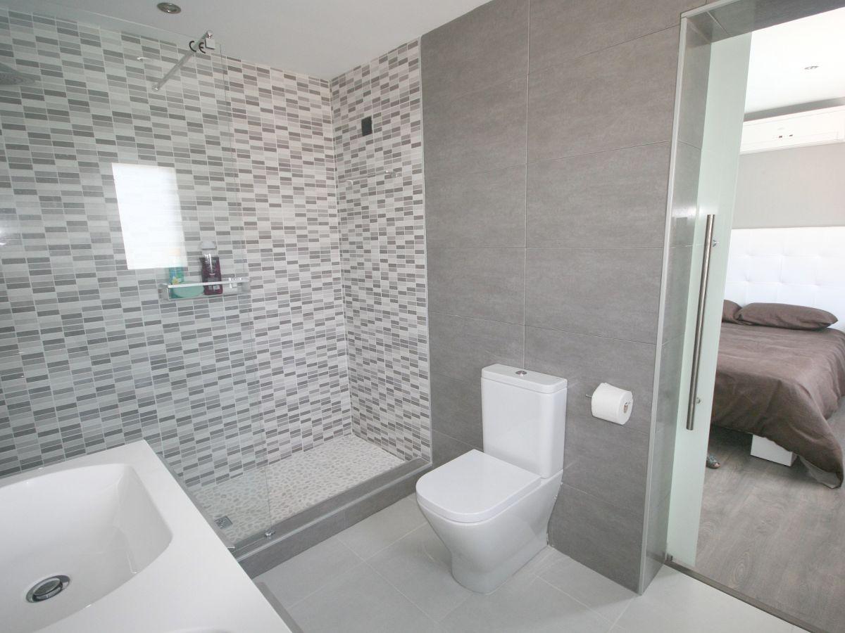 villa maria in paguera mallorca paguera firma firstclass domizile frau karin pfund. Black Bedroom Furniture Sets. Home Design Ideas