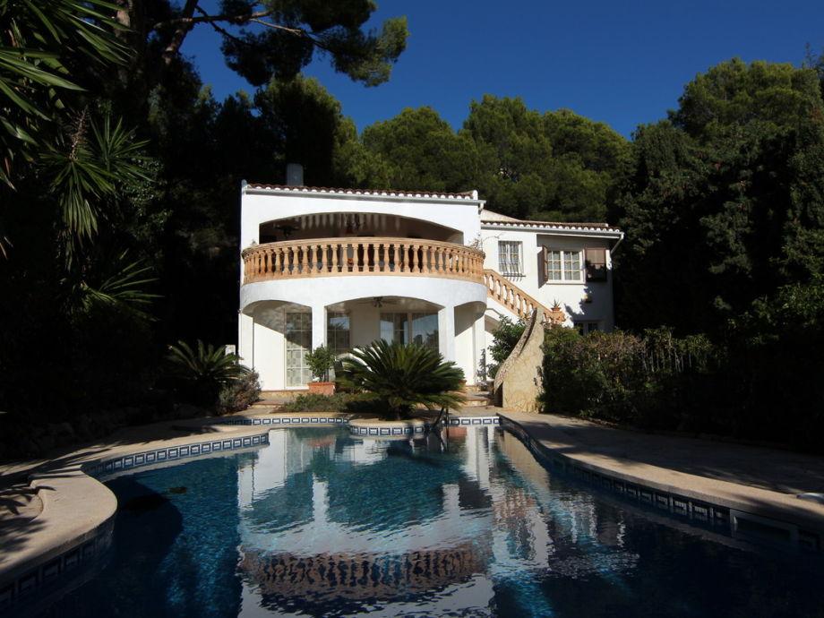 Villa Calma Sol mit Pool