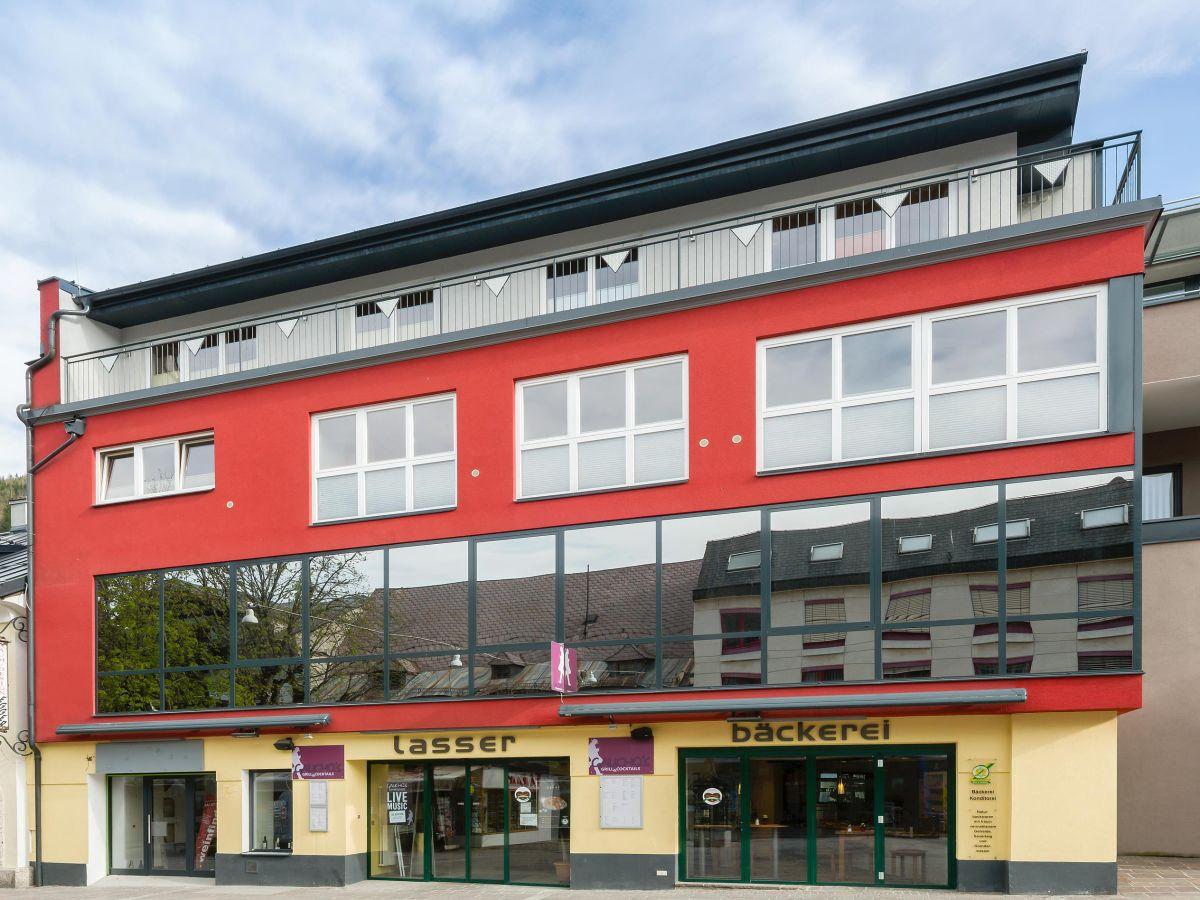 Ferienwohnung penthouse am hauptplatz schladming firma for Wohnung finden