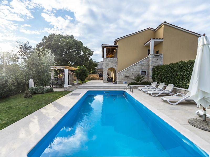 Villa Ladonja