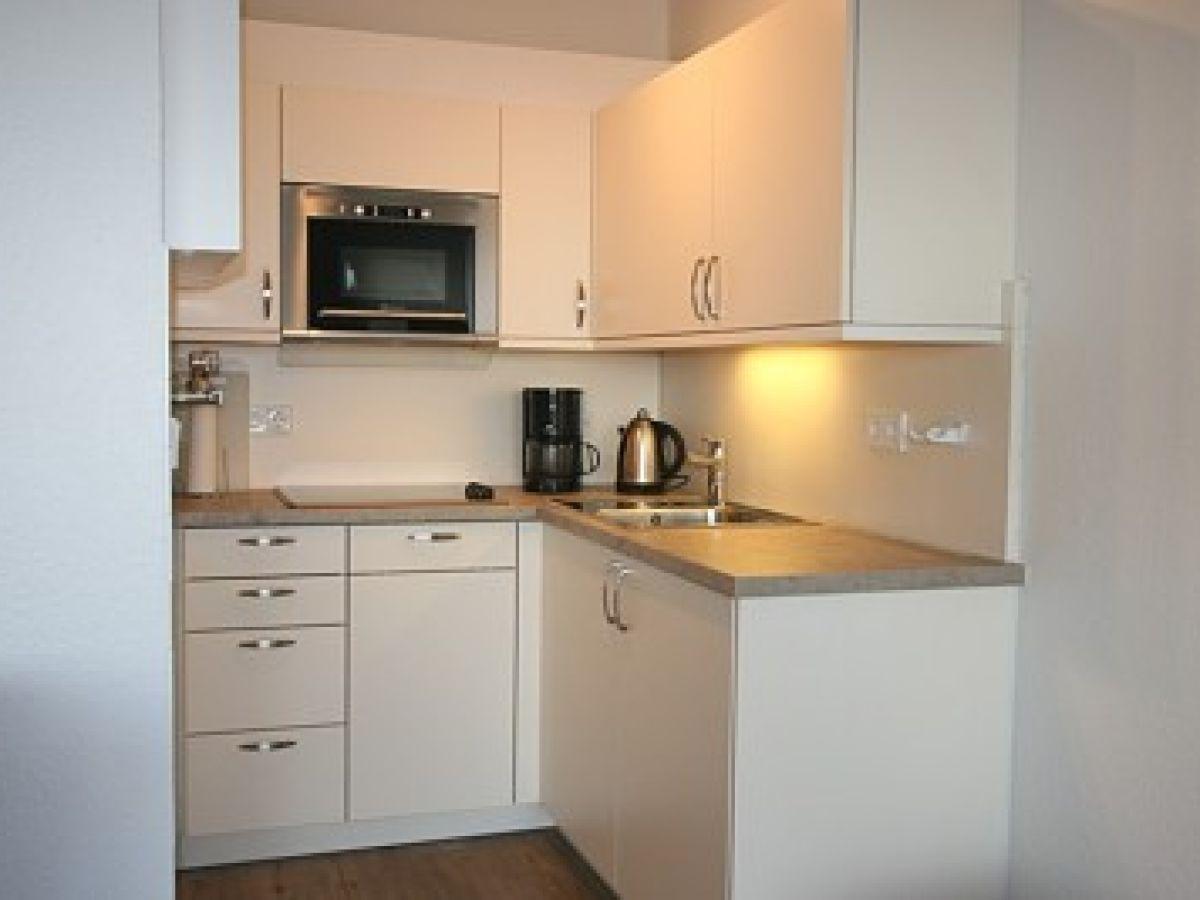 ferienwohnung a15 gmelinstra e 5 d by de wyk wyk auf. Black Bedroom Furniture Sets. Home Design Ideas