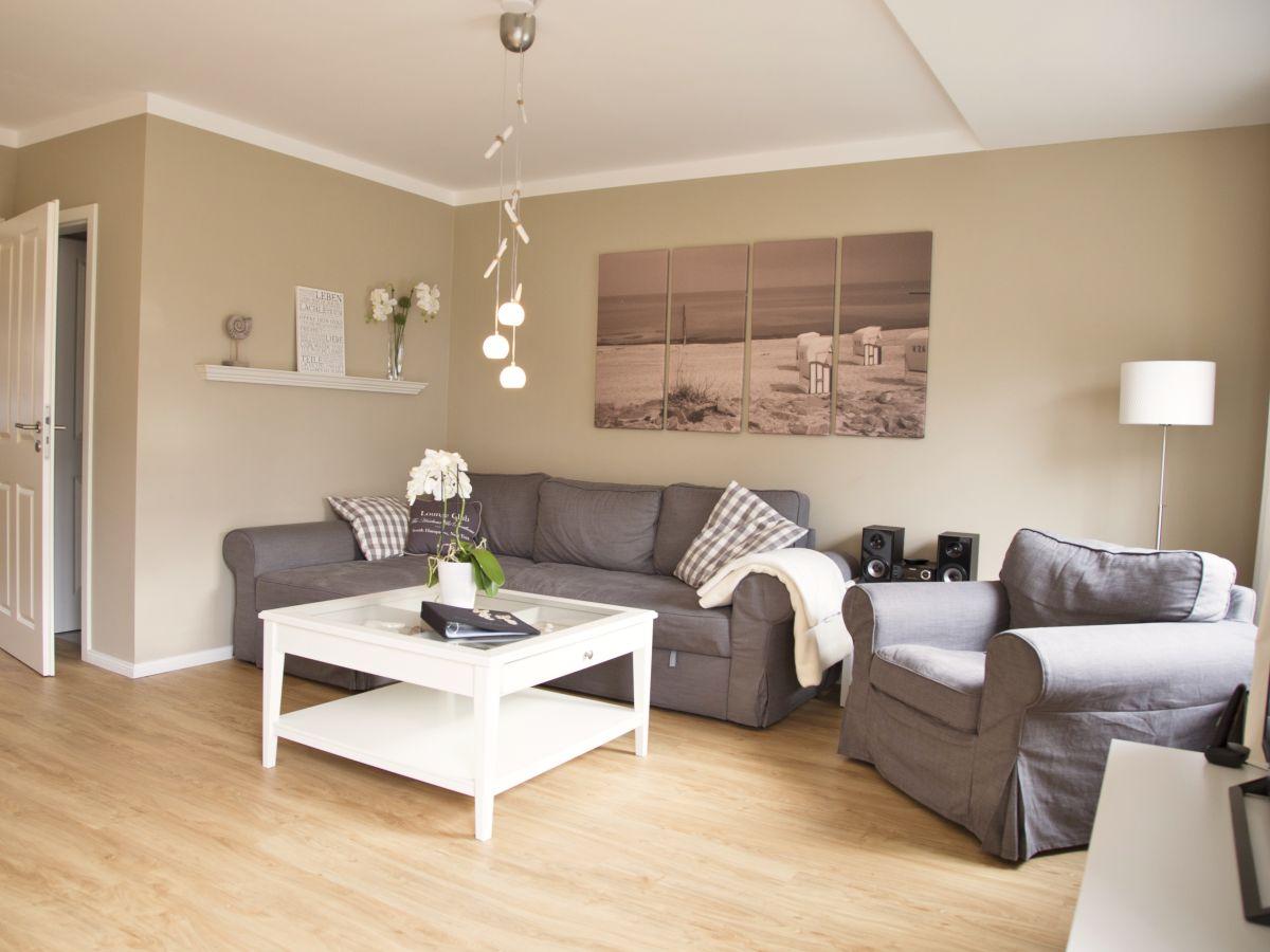 ferienwohnung kleines ostseenest ostseebad boltenhagen familie t ruff. Black Bedroom Furniture Sets. Home Design Ideas