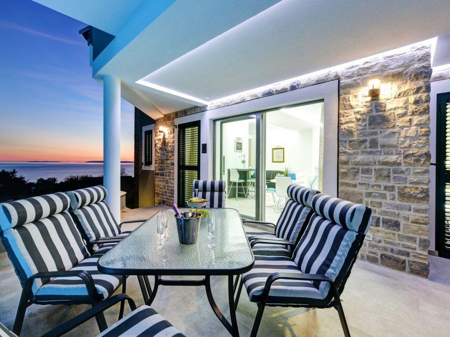 Villa dana novalja firma croatia luxury rent d o o for Exterieur was ist das