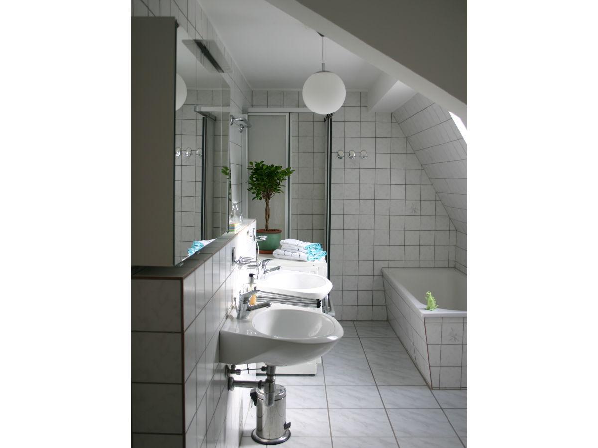 ferienwohnung am auwald leipzig zentrum herr thomas gentsch. Black Bedroom Furniture Sets. Home Design Ideas