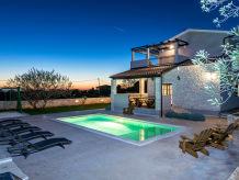 Villa Charming Istrian Villa