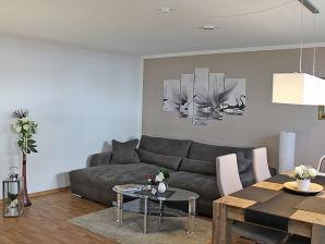 Ferienwohnung 11 Liuba im Haus Concordia F512 mit Strandkorb
