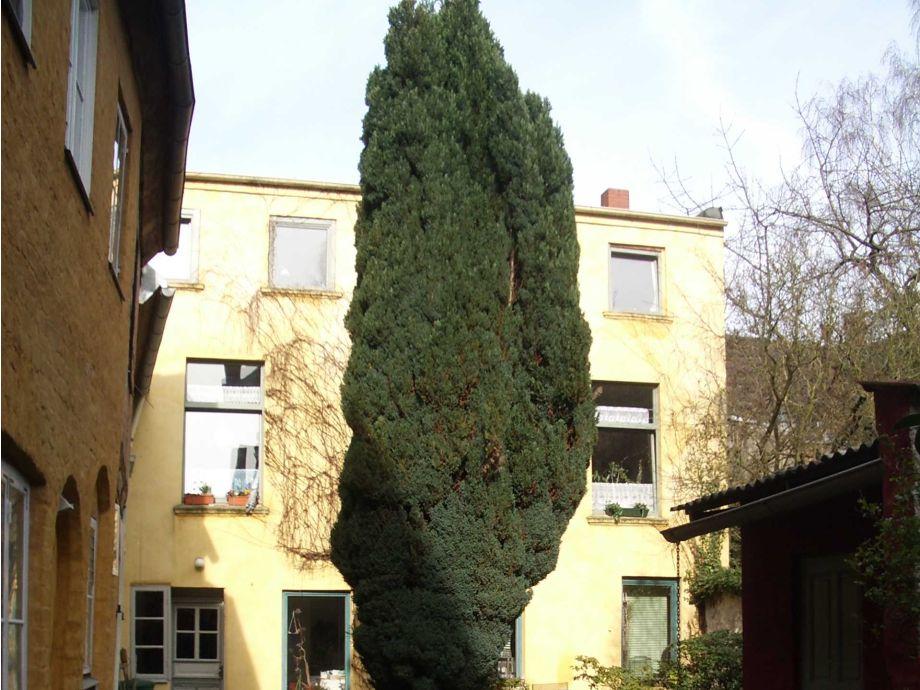 Außenaufnahme Nizzawohnung im Altstadthaus