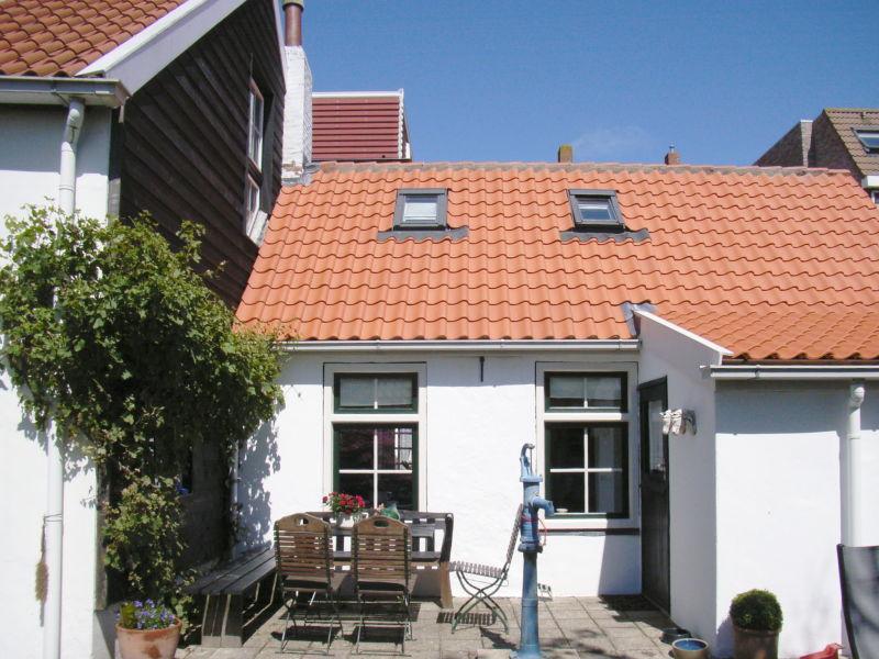 Ferienwohnung Landhaus ruhig und zentral (DLO26)