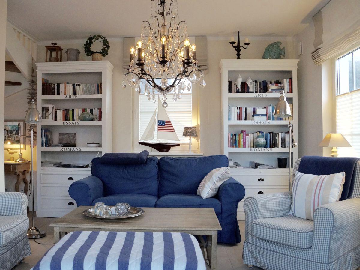 ferienhaus reethaus windrose r gen familie volker grau und marietta dust grau. Black Bedroom Furniture Sets. Home Design Ideas