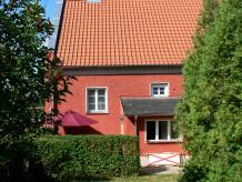 Ferienhaus Giebelhaus mit Seeblick und Garten