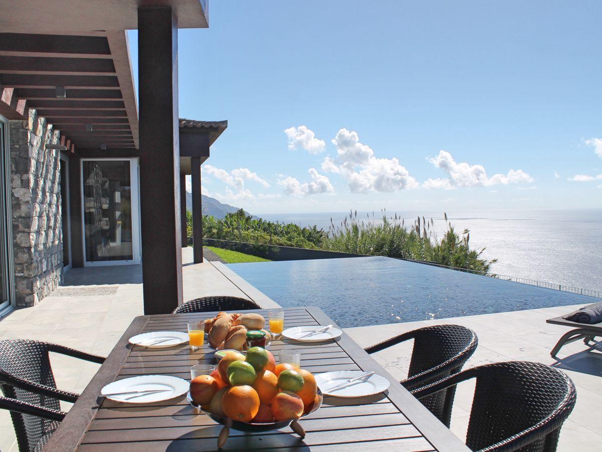 villa cliffscape estreito da calheta madeira firma mhrd lda frau linda dias. Black Bedroom Furniture Sets. Home Design Ideas