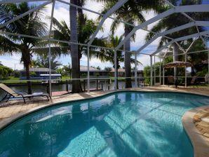 Villa Four Royal Palms