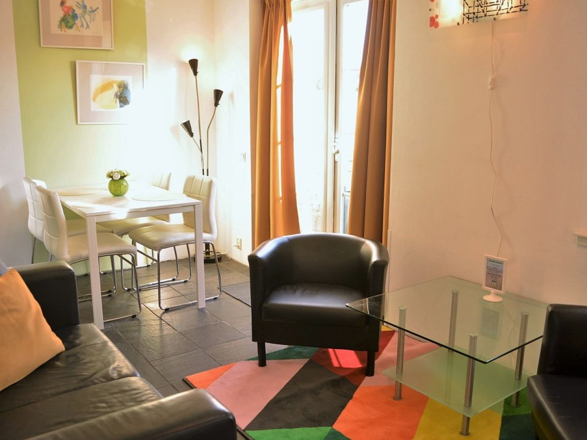 Ruhiges ferienhaus in beliebter lage dga54 domburg firma sea sun holiday frau petra rewijk - Essecke wohnzimmer ...