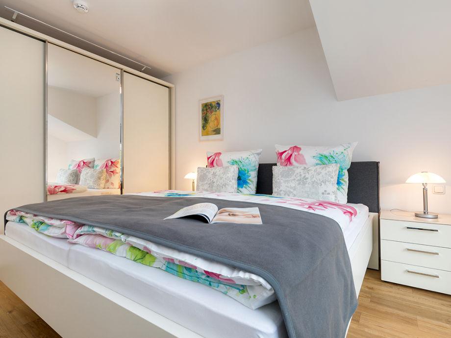 ferienwohnung doris im anker fischland darss zingst firma ferienhaus service ostsee frau. Black Bedroom Furniture Sets. Home Design Ideas