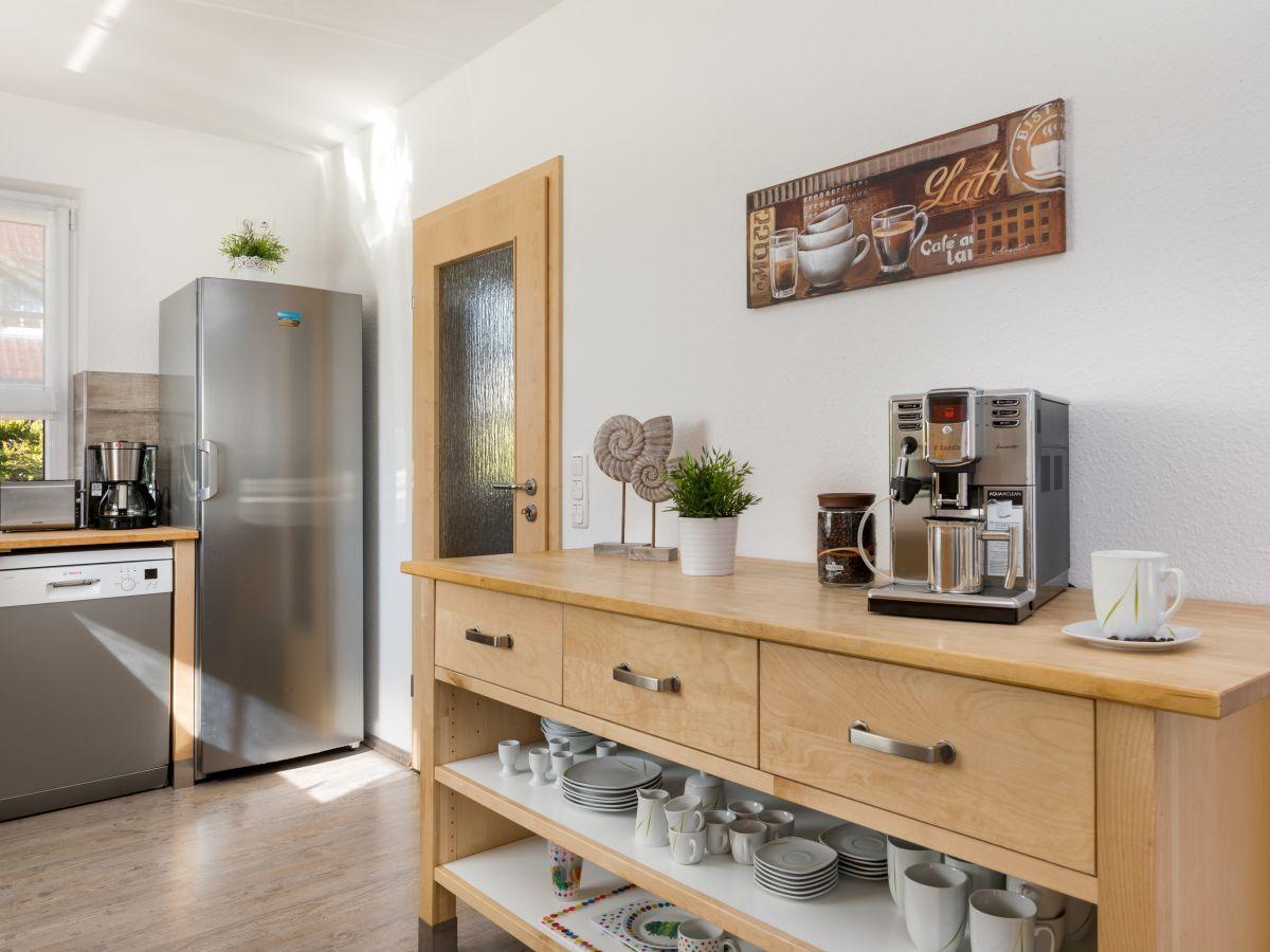 ferienhaus zingsttraum fischland dar zingst firma ferienhaus service ostsee frau sabine. Black Bedroom Furniture Sets. Home Design Ideas