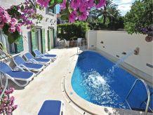 Ferienhaus Angelo Villa mit Pool