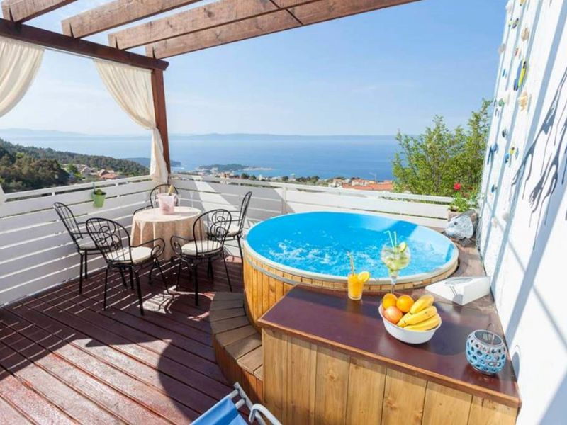 Holiday apartment Olea with seaview