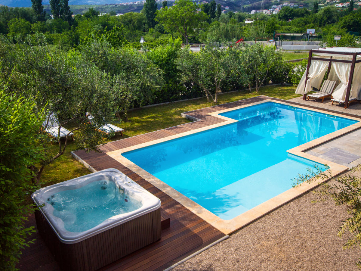 luxuri se villa gabriella nahe split privater pool podstrana firma feriehome herr mirjana mrcela. Black Bedroom Furniture Sets. Home Design Ideas