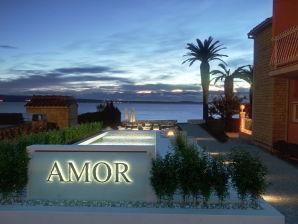 Strandvilla Amor mit Pool