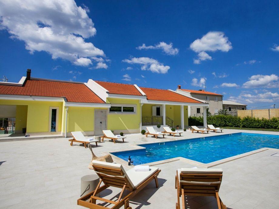 NEW!! Villa Delmati with private 60m2 pool, whirlpool,