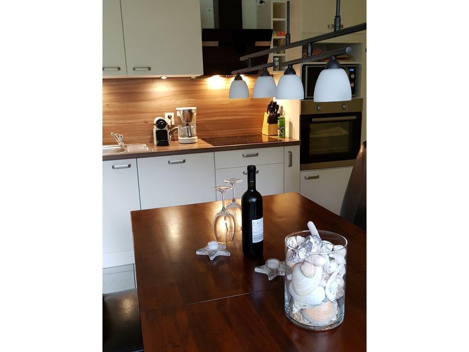 ferienwohnung landhaus waase 39 jollekieker 39 ummanz waase frau katharina evers. Black Bedroom Furniture Sets. Home Design Ideas