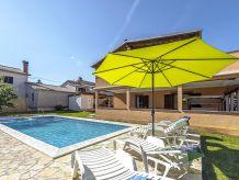 Ferienwohnung Emanuela mit Pool