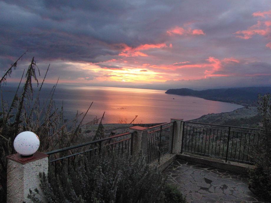 Sunrise over the bay of Patti